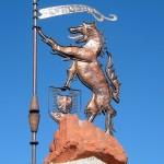 Statue de la bête du Gévaudan