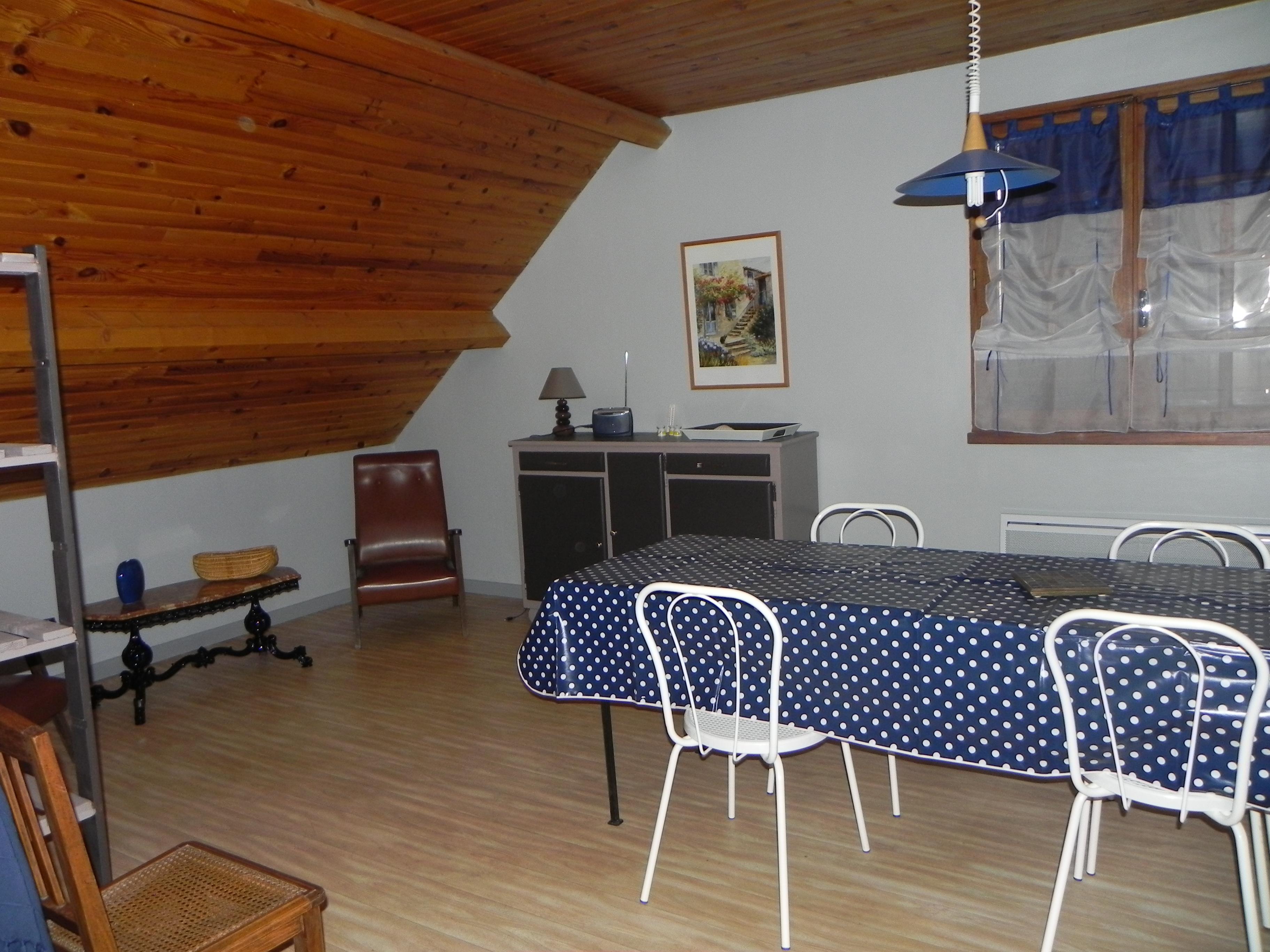 Meubl s de tourisme pour 6 8 personnes office de tourisme de l 39 aubrac loz rien bureau d - Office de tourisme aubrac ...
